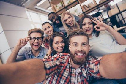 Volle Geschäftsfähigkeit bei jungen Erwachsenen
